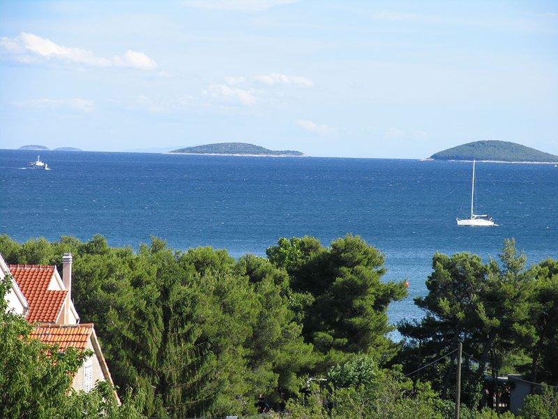 Upplev Vodice-en pärla vid Adriatiska kusten, vacation rental in Srima
