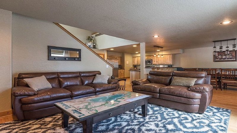 Comfy Couches and Large Coffee Table with a Map of Lake Tahoe