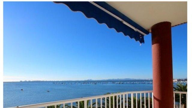 Lo Pagan primera linea frente de la playa Villananitos piso & vistas preciosas!, aluguéis de temporada em Lo Pagán