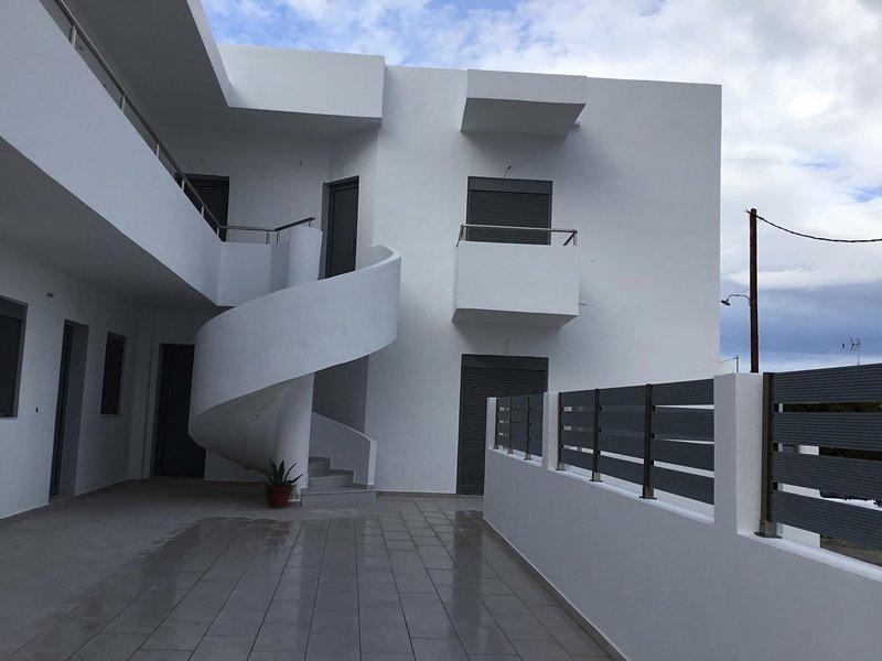 Faidra Apartments - Two Bedroom Apartment, holiday rental in Apolakkia