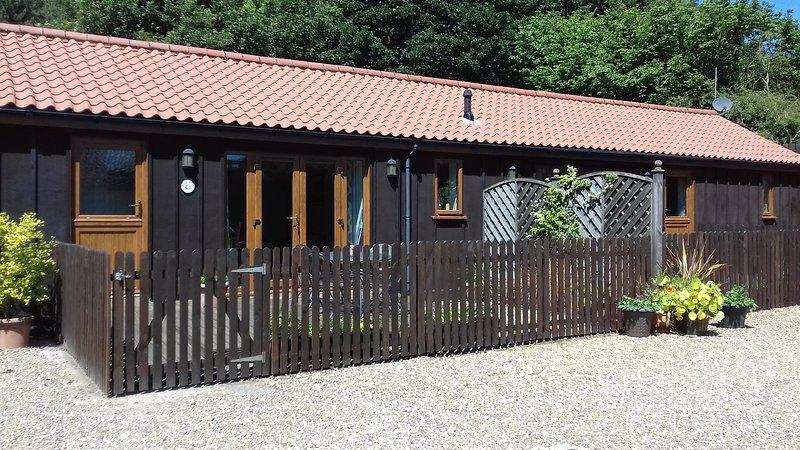 Briarwood Cottage, enclosed garden