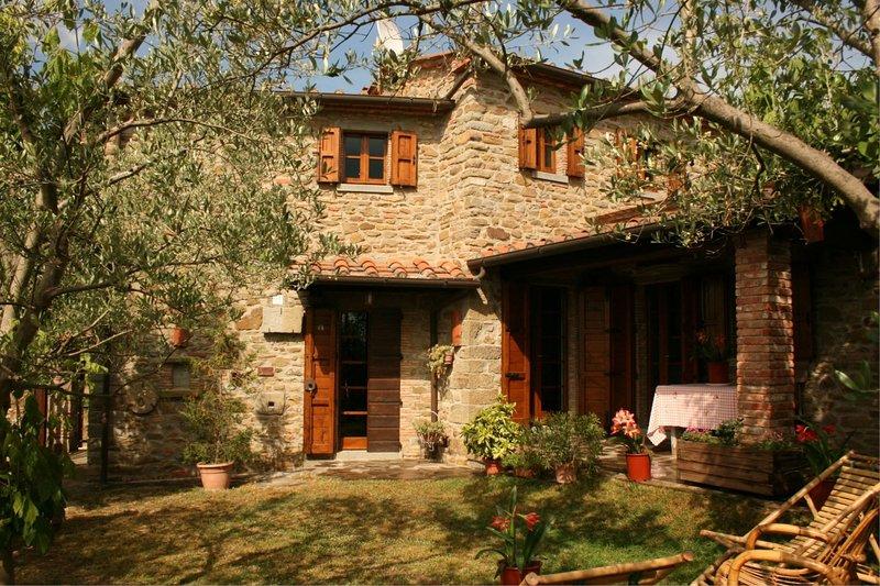LA TORRE, holiday rental in Castroncello