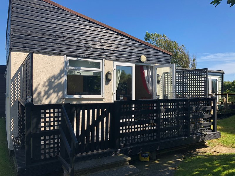 Medmerry Park Holiday Village, holiday rental in Earnley