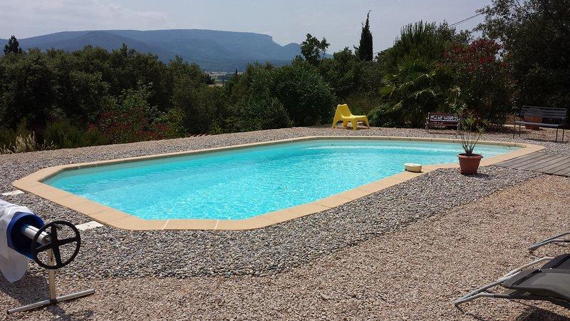 Pool 9x4 m Depth 1.10 - 1.90