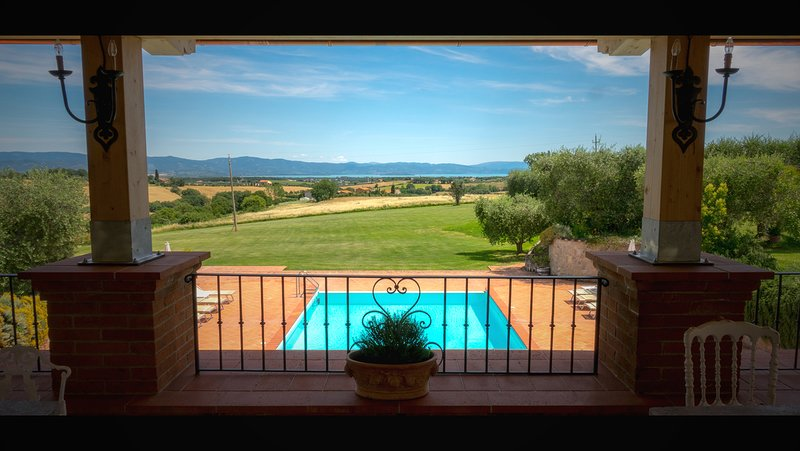 An incredible property to host your quaint, open-air wedding!, holiday rental in Cozzano