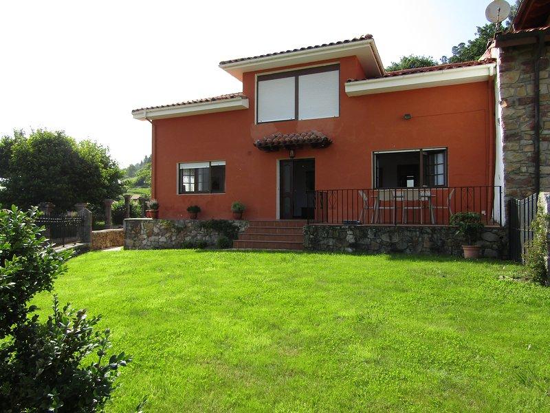 Casa Mary Carmen, vacation rental in Buelna