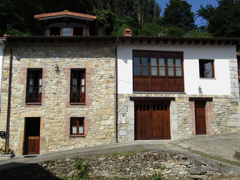 Casa Mary Carmen 2. El lavadero, vacation rental in Buelna
