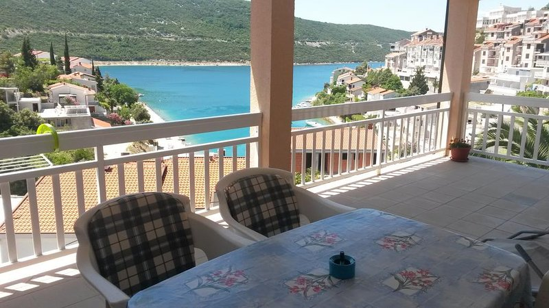 Apartments D&M - Studio Apartment with Sea View, vacation rental in Neum
