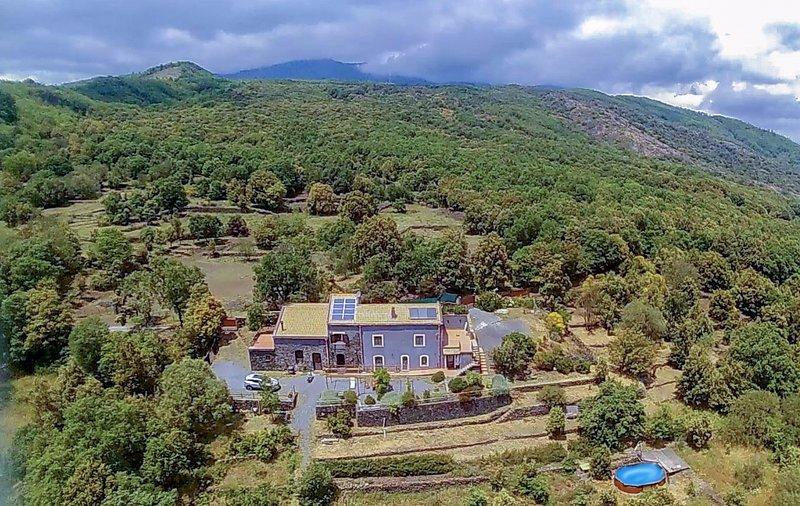 Casa Etnea Volcano House, holiday rental in Trecastagni