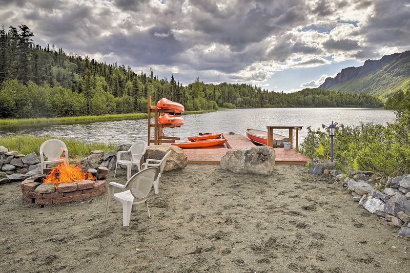 With views of Weiner Lake, this Chickaloon house is a picture-perfect escape.
