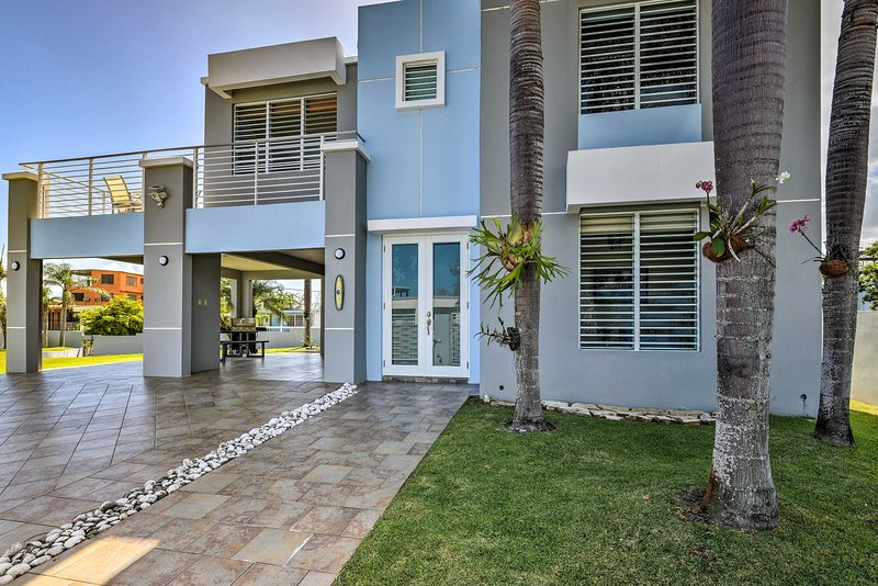 This spacious home accommodates 8 guests!