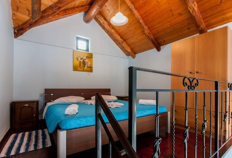 Athousakis Village - Maisonette house 6, holiday rental in Perivolia