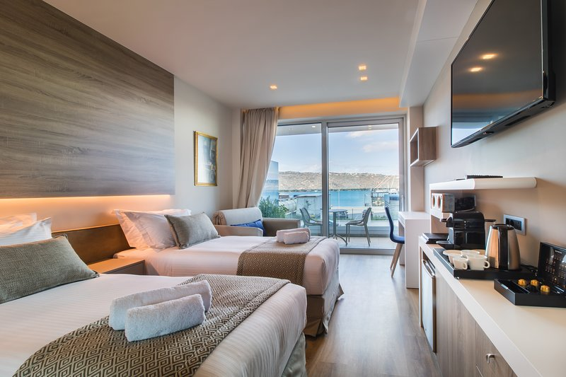 Superior Room with Sea View ~ Oniros Residences, Ferienwohnung in Souda