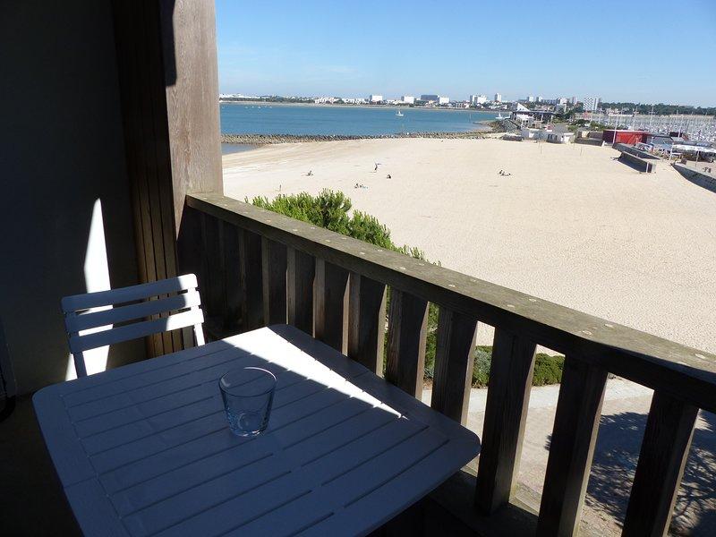 Terraza con vistas al puerto / Playa / Mar