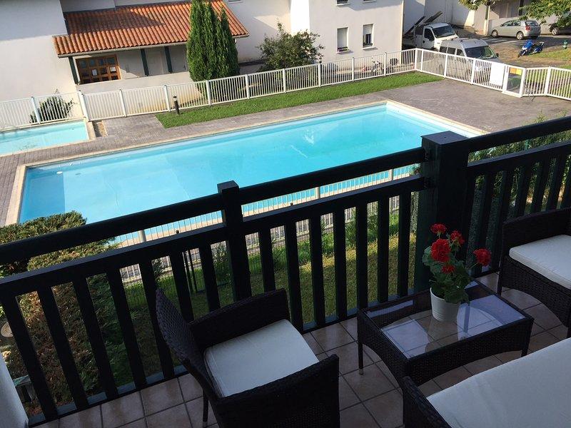 Terraza con vista piscina
