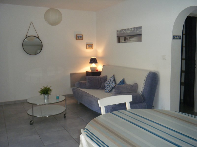 Confortable T2 proche de Montpellier, vacation rental in Teyran