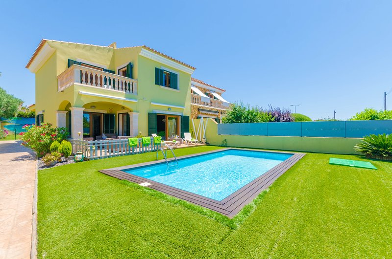 VILLA LAS - Villa for 6 people in Tolleric, holiday rental in Puig de Ros