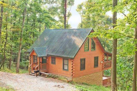 Mockingbird Cabin at Hummingbird Hills (Hocking Hills area), location de vacances à Sugar Grove