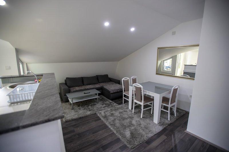 Tranquil Apartment, location de vacances à Pestani