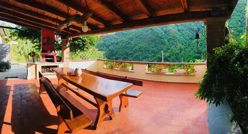 Casa Loghetto, the perfect Family Getaway in Versilia, holiday rental in Azzano