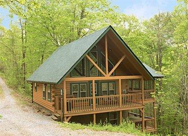 Chickadee Cabin at Hummingbird Hill (Hocking Hills area), holiday rental in Sugar Grove