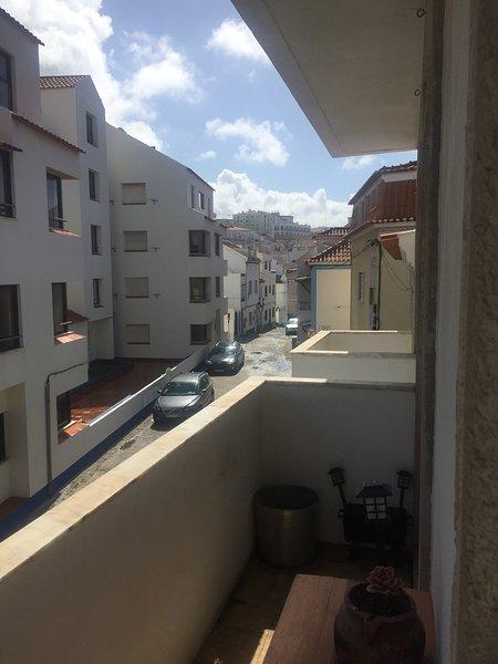 Vue ville depuis le balcon