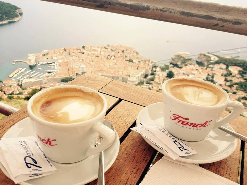 Dubrovnik et café