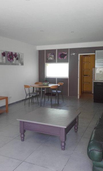 Nice house in Favières & Wifi, location de vacances à Voulangis