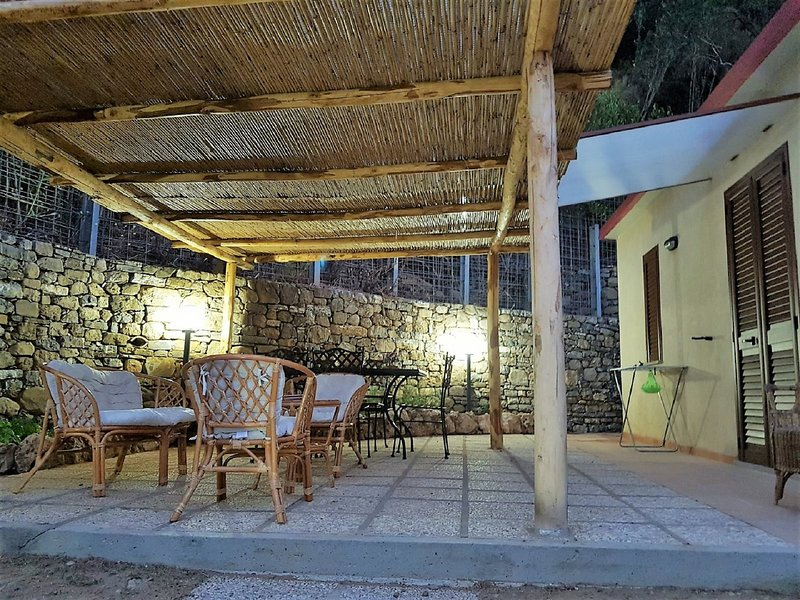 Nice house near the beach & terrace, holiday rental in Cilento and Vallo di Diano National Park