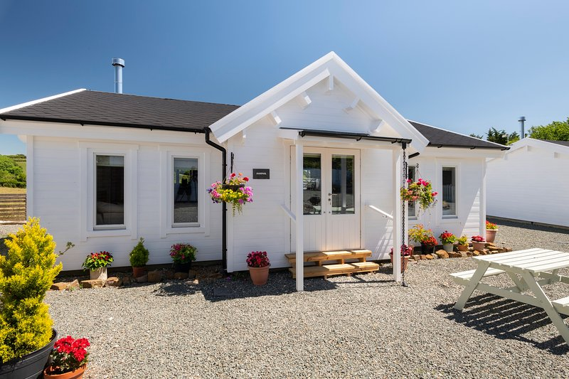 Summerleaze Lodge - Fabulous Family-Friendly Log Cabin Close To Sandy Beaches, vakantiewoning in Bude-Stratton