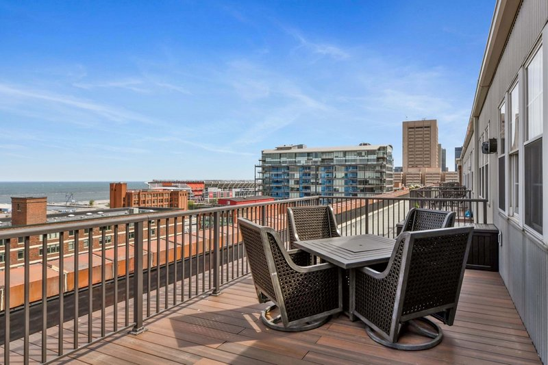 Tripadvisor Global Luxury Suites In Downtown Cleveland Updated 2019 Self Catering Vacation Rental