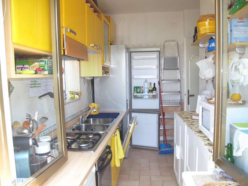 KITCHEN furnished with every accessory. LARGE FRIDGE and FREEZER, DISHWASHER 4 BURNERS and 1 plate