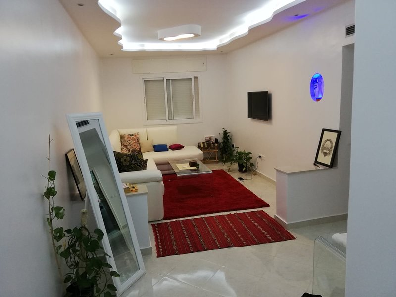 Modern! Well equipped! Great location!, holiday rental in Tetouan