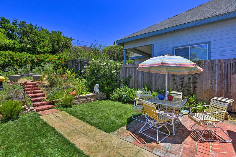 Central San Luis Obispo Home w/Garden & Yard!, location de vacances à San Luis Obispo
