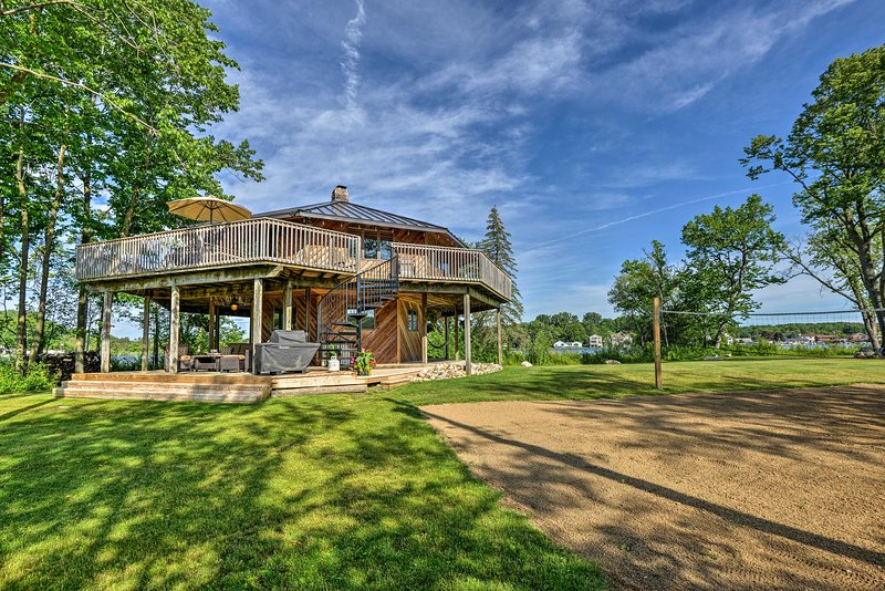 Your own private island oasis awaits on this Brighton island!