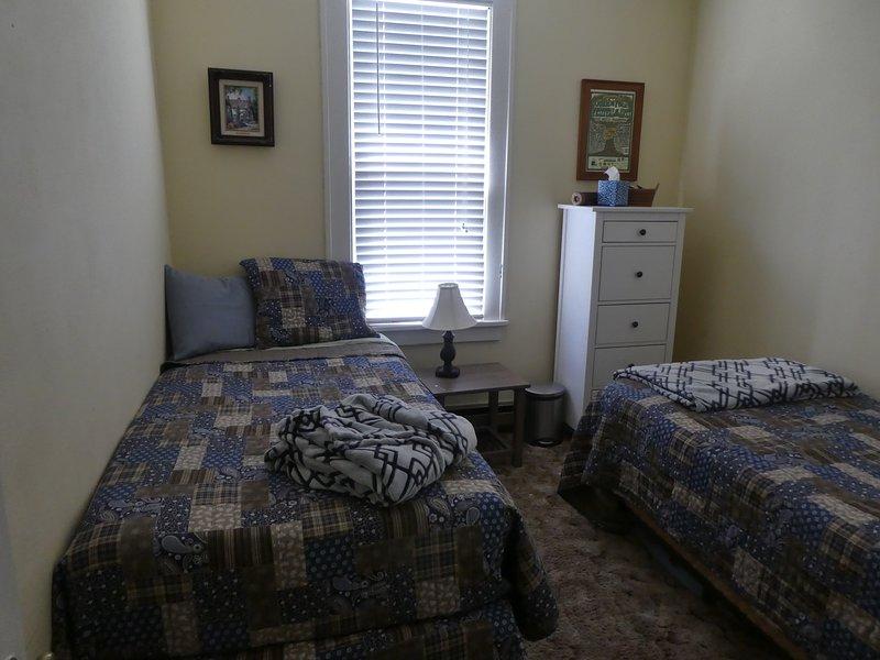 Tweede slaapkamer met twee aparte bedden