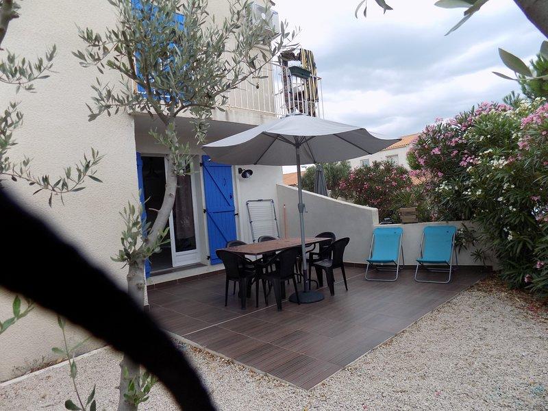 RDC de villa  climatisée à 200 m des plages et commerces, location de vacances à Frontignan