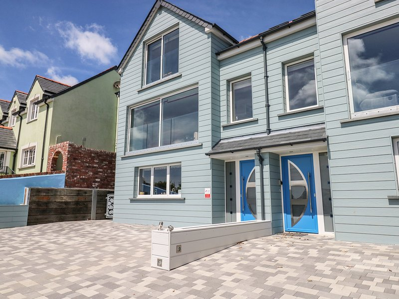 Town House, open-plan living, River Solva, en-suites, Ref 969995, holiday rental in Newgale