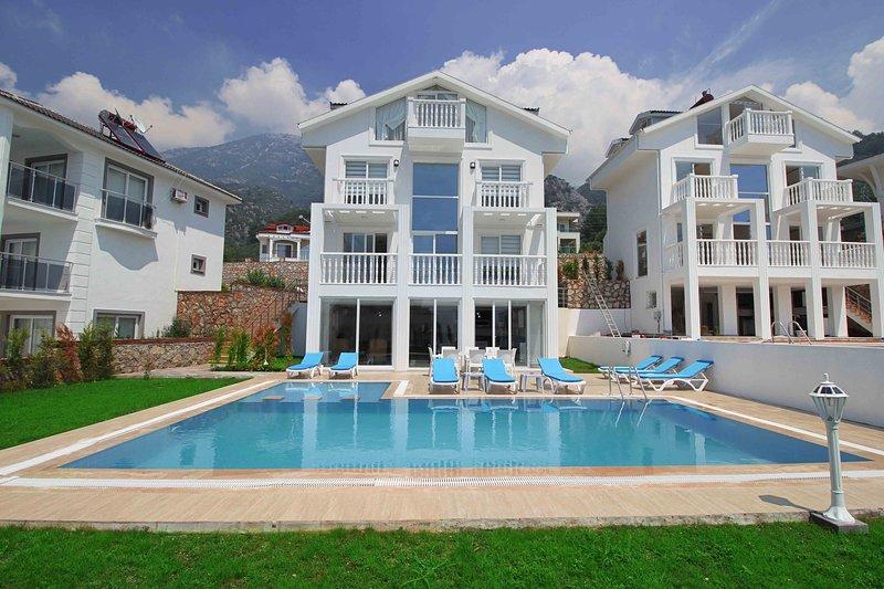 Solitaire Villa, vacation rental in Faralya
