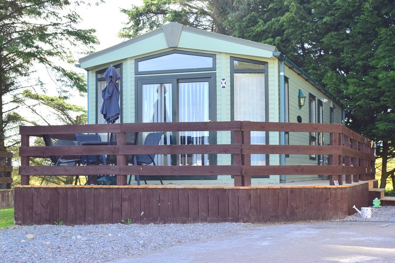 'Escape to the Highlands' Affordable family holiday near Dornoch's blue flag beach