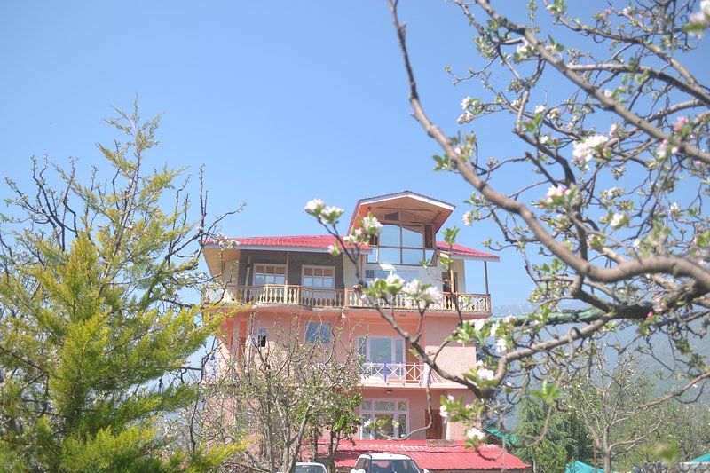 The Countryside B and B, holiday rental in Manali