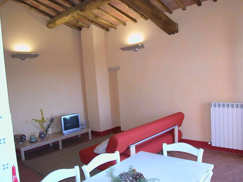 3 bedroom apartment with stunning vieuw and swimming pool, holiday rental in Torre A Castello