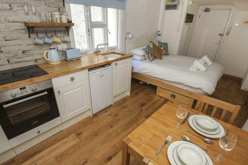 Brunswick Garden Studio, holiday rental in Shoreham-by-Sea