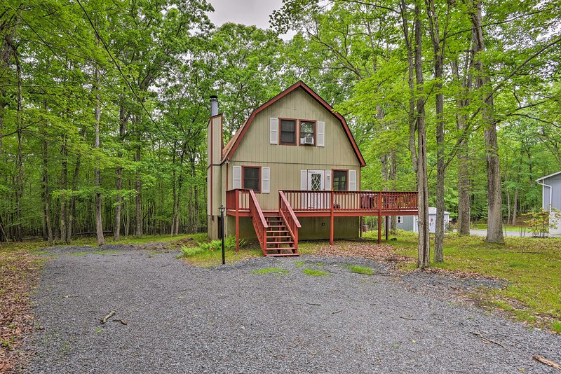 This Poconos home is minutes from all the action!