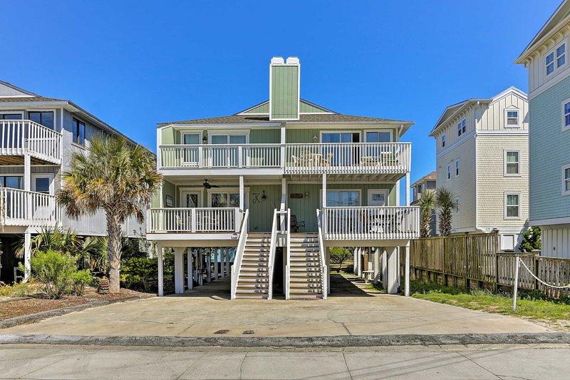 Descansar en este 3 dormitorios, 3 baños condominio alquiler de vacaciones en la playa Wrightsville.