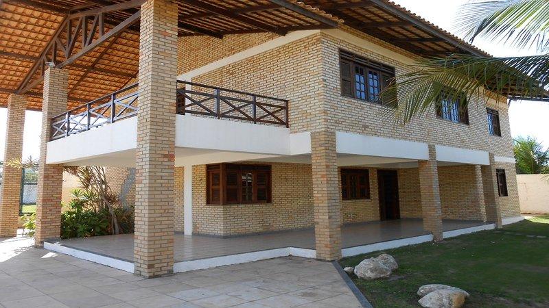 Linda casa próxima ao Beach Park, aluguéis de temporada em Fortaleza