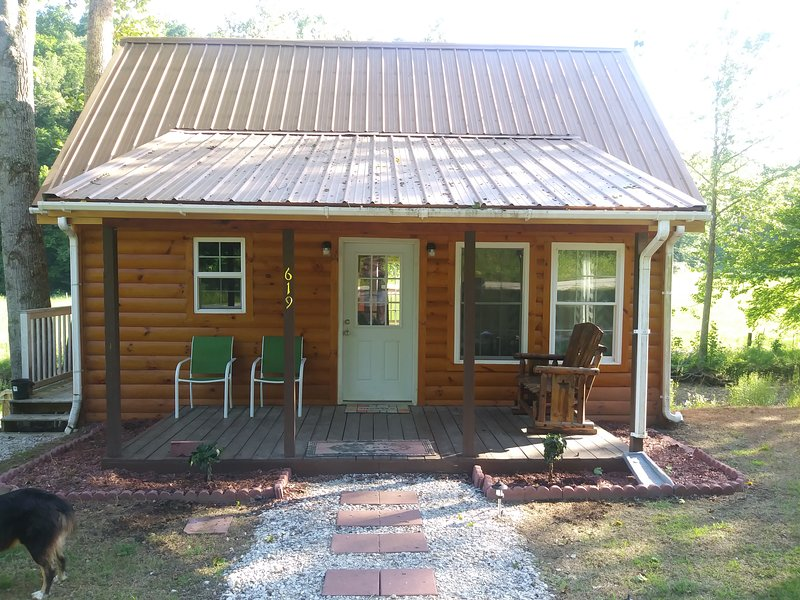 Rental Cabin - Tranquil Waters Cabn, holiday rental in Morehead