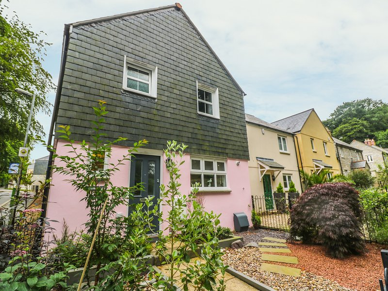Marshmallow House, Porthpean, holiday rental in Charlestown