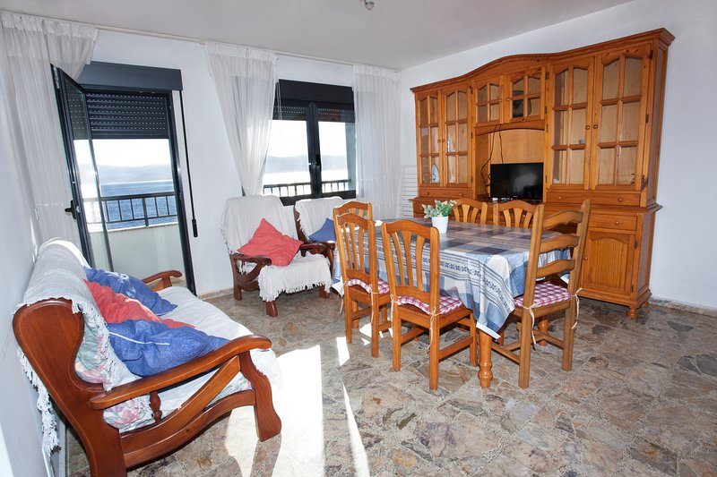Apartment - 3 Bedrooms with Sea views - 104065, vacation rental in A Lama