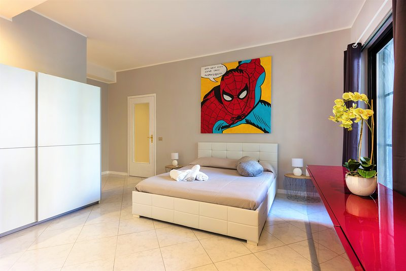 Catania - Modern and Comfortable Seafront Suite - 5 min walk to ...